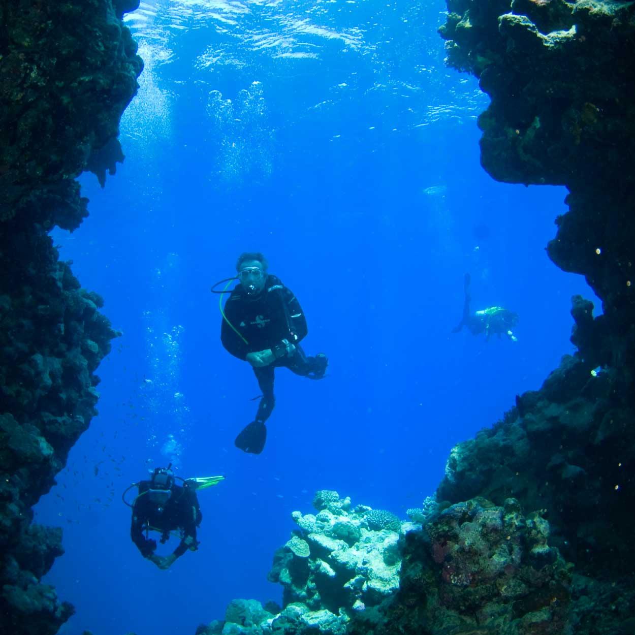21-wall-diving.jpg