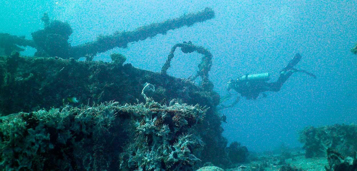 31-wreck-dive.jpg
